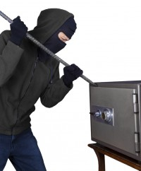 Thieves targeting luxury homes for valuables